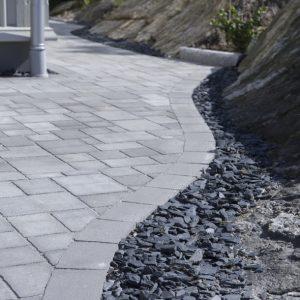 Benders skiffertkross granit miljö